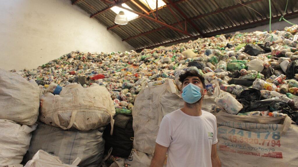 Visita de Destino Sostenible y Solucion verde a 4e Madera Plastica